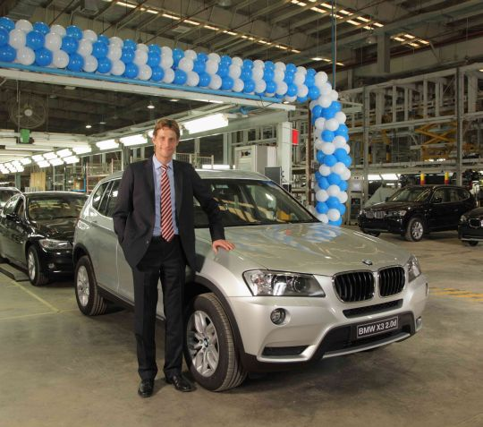 Bmw Rolls Out 20 000th Car From Chennai Plant Goa On Wheels