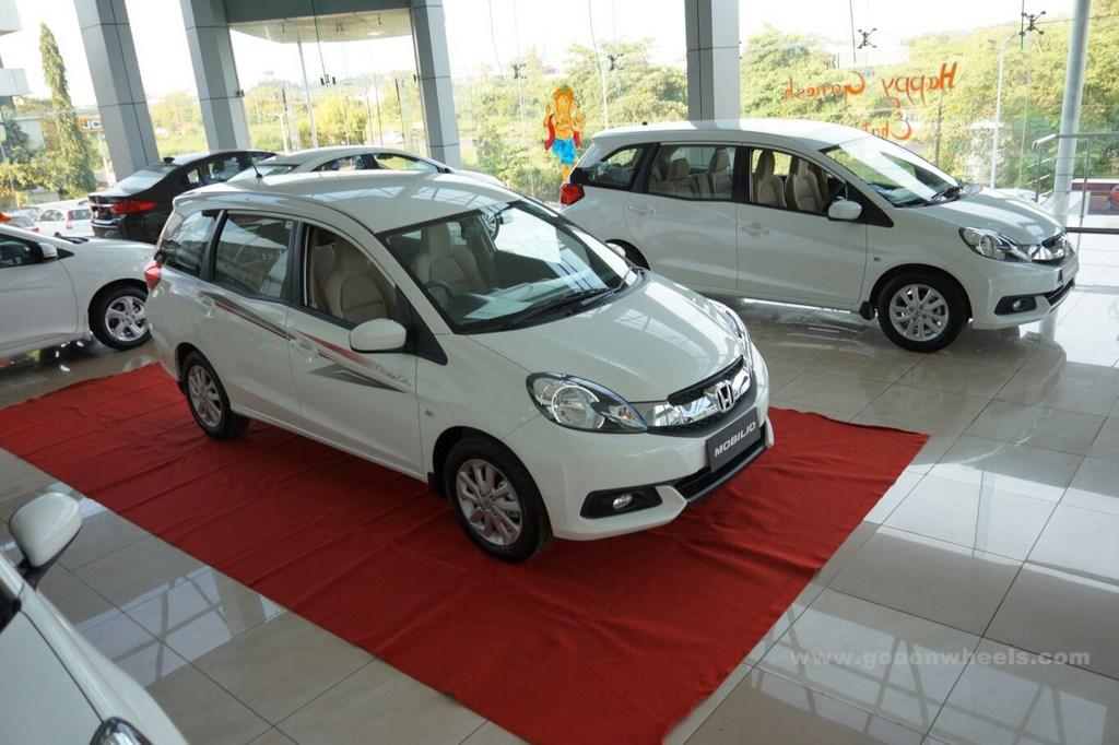 Honda Celebration Mobilio edition (2)