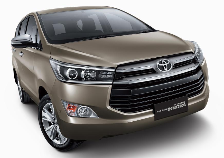 New Toyota Innova front