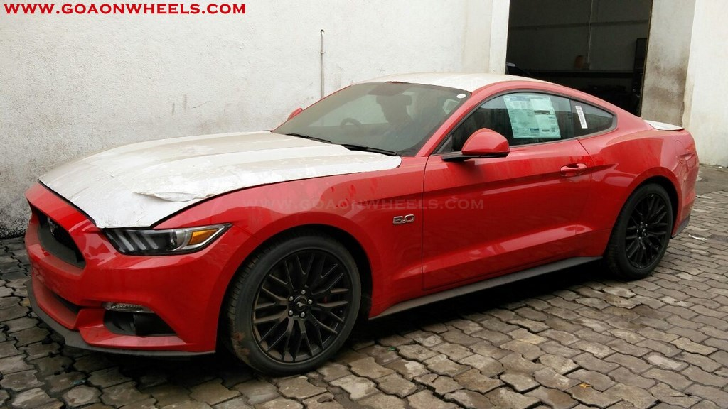 FORD Mustang Goa (6)
