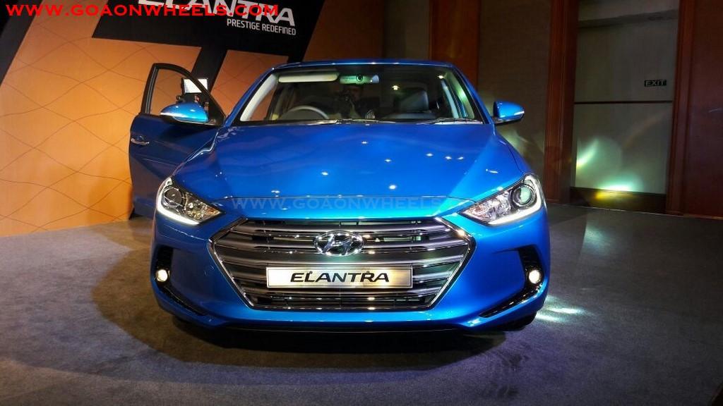 Hyundai Elantra (1)
