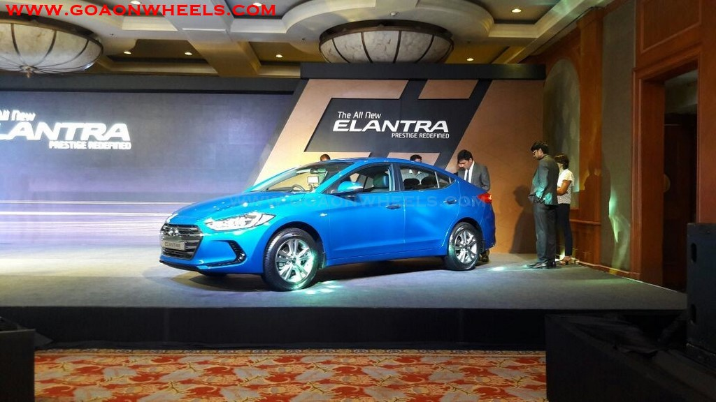 Hyundai Elantra (3)