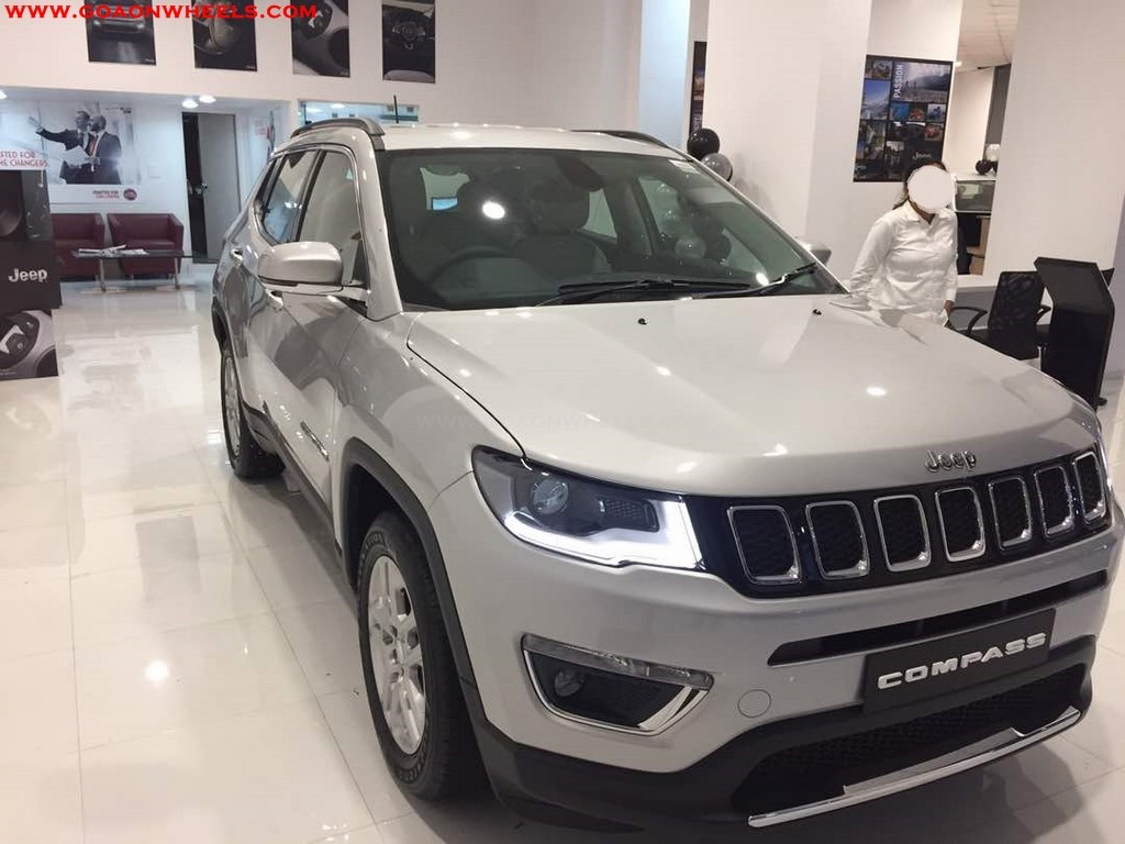 jeep compass unveiled in goa bookings open. Black Bedroom Furniture Sets. Home Design Ideas